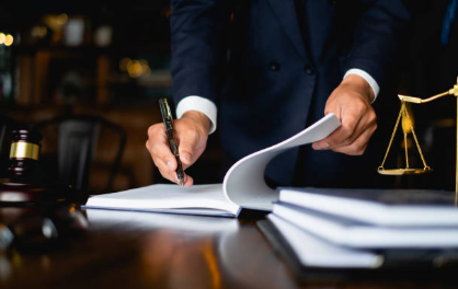 Four (4) Important Reasons Why to Hire a Lawyer